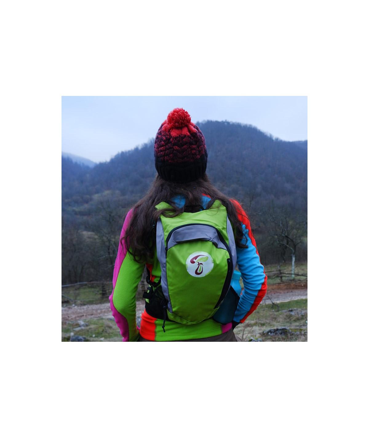 Rucsac de hiking / alergare verde cu sigla IncrEdible