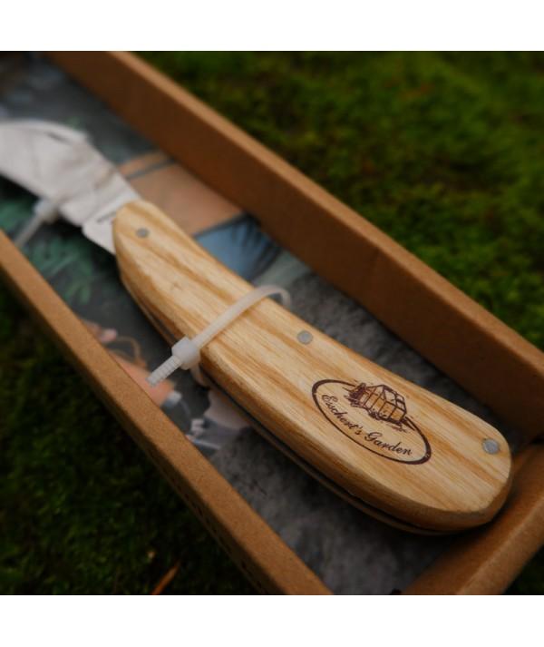 Briceag altoit ciupercarit - cules ciuperci - detaliu maner lemn